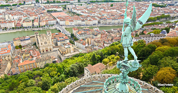 Statue_of_Saint_Michel_above_Fourviere_basilica_Lyon_France_5946_x_3988_1008x_677.jpg